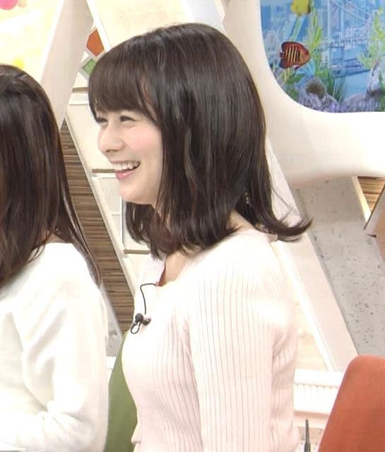 高見侑里 ニット横乳♡キャプ・エロ画像3