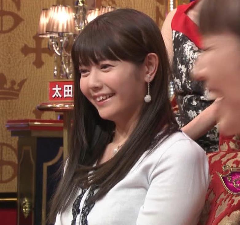 竹達彩奈 「有吉ジャポン」で少し胸ちらキャプ・エロ画像16