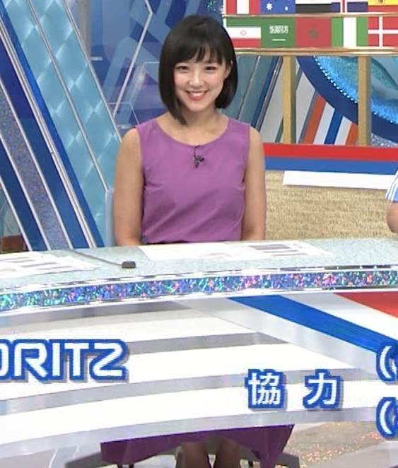 竹内由恵アナ 紫のノースリーブ (やべっちF.C)キャプ・エロ画像9