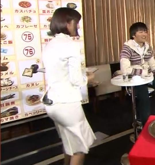 竹内由恵アナ 若いころのプリケツ!パンツ透けGIF動画キャプ・エロ画像12