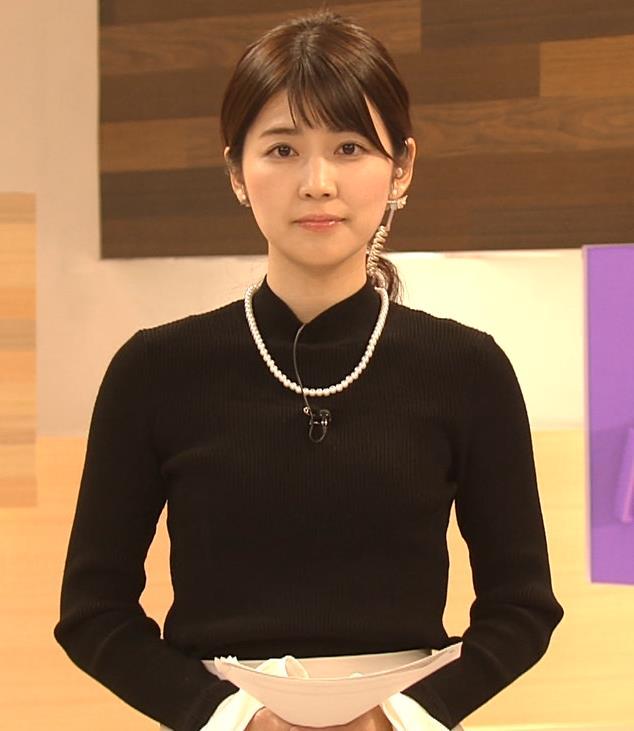 竹内友佳アナ ニット横乳キャプ・エロ画像