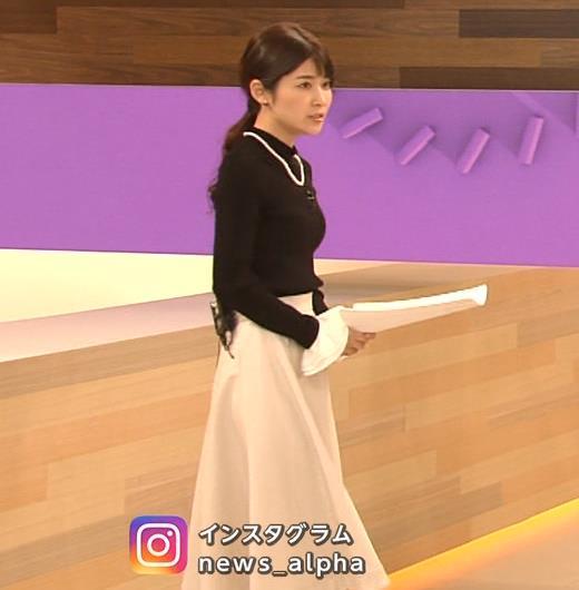 竹内友佳アナ ニット横乳キャプ・エロ画像3
