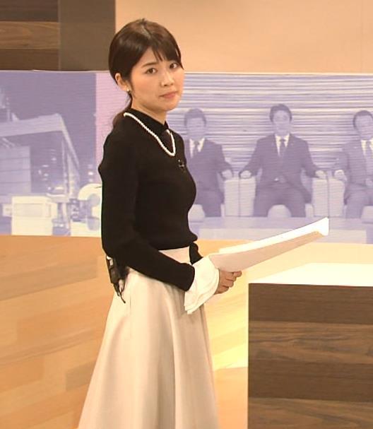 竹内友佳アナ ニット横乳キャプ・エロ画像4