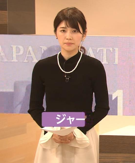 竹内友佳アナ ニット横乳キャプ・エロ画像5