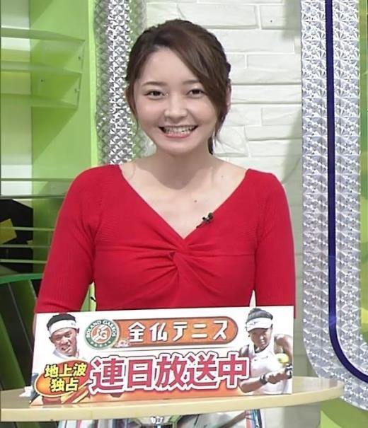 竹崎由佳アナ おっぱいがエロい衣装キャプ画像(エロ・アイコラ画像)