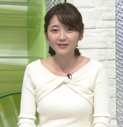 竹崎由佳 白いニットの乳キャプ画像(エロ・アイコラ画像)