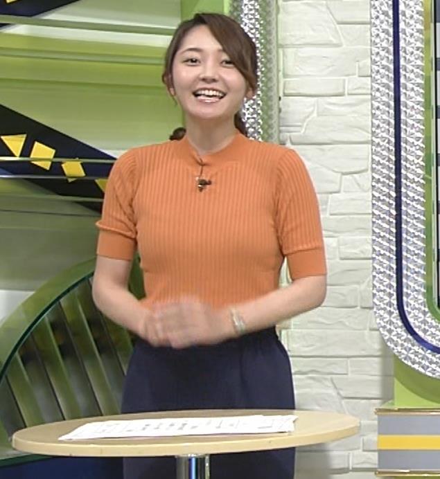 竹崎由佳アナ 体にぴったりニットキャプ・エロ画像2
