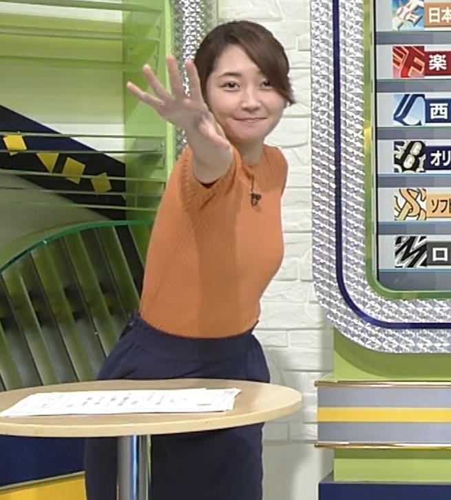 竹崎由佳アナ 体にぴったりニットキャプ・エロ画像7