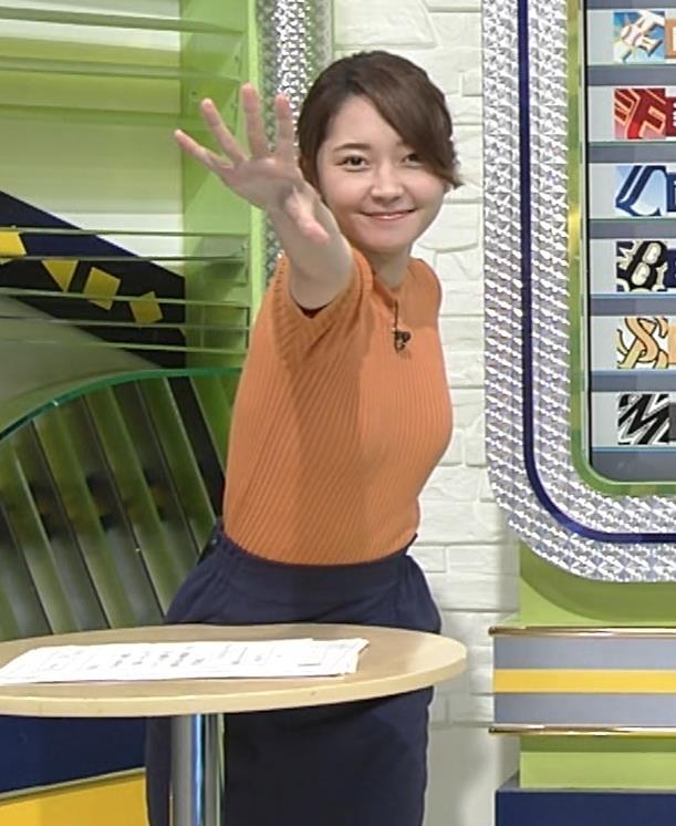 竹崎由佳アナ 体にぴったりニットキャプ・エロ画像8