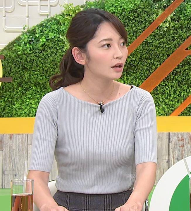 竹崎由佳アナ にっとおっぱい、ブラ紐チラキャプ・エロ画像2