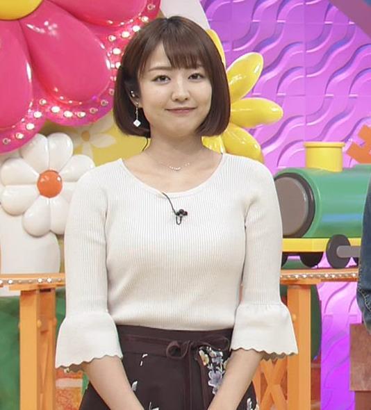 滝菜月アナ セクシーなうなじ&ニット乳キャプ・エロ画像12