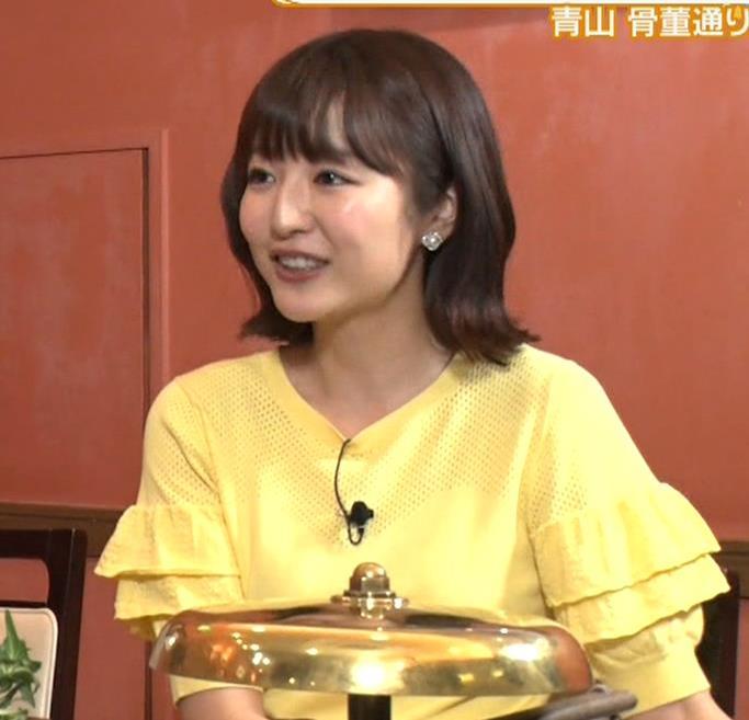 滝菜月アナ 胸の大きさがなんとなくわかる服キャプ・エロ画像6