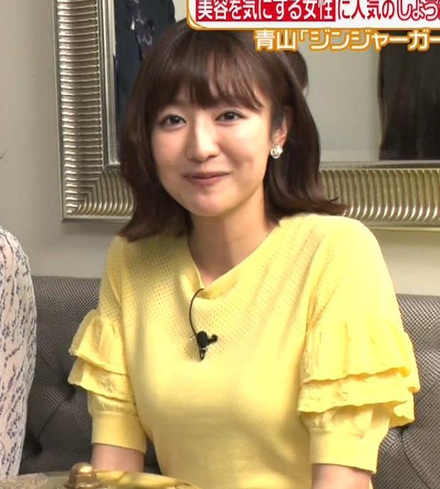 滝菜月アナ 胸の大きさがなんとなくわかる服キャプ・エロ画像8