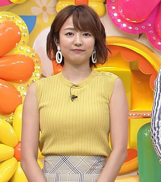 滝菜月アナ ピチピチ衣装でおっぱいアピールキャプ・エロ画像3