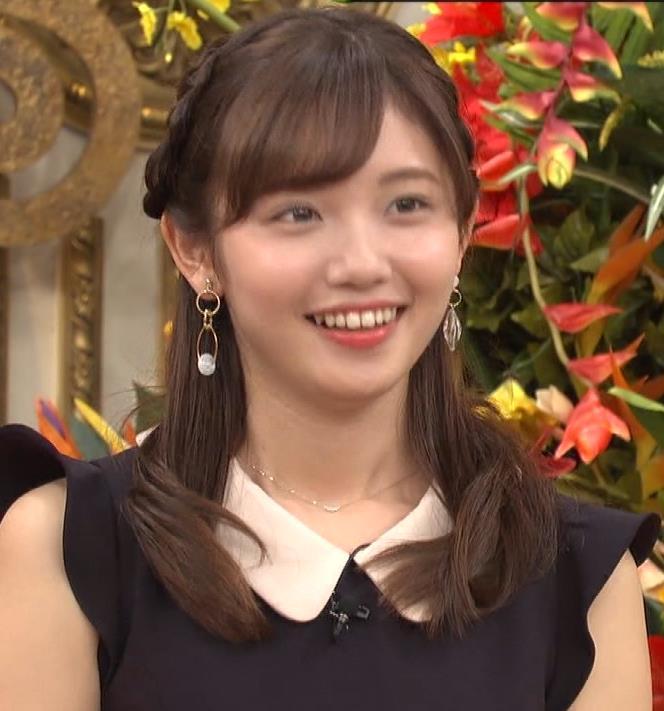田中瞳 パンツ見えそうなミニスカキャプ・エロ画像6