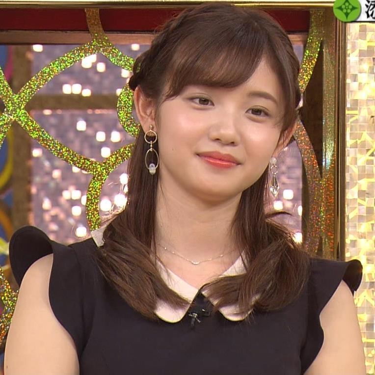 田中瞳 パンツ見えそうなミニスカキャプ・エロ画像10