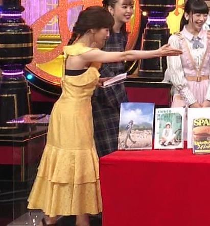 田中みな実 お胸がパツパツのワンピースキャプ・エロ画像6