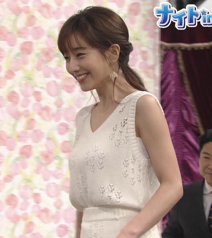 田中みな実アナ セクシーなワンピースで「探偵!ナイトスクープ」に出演キャプ・エロ画像3