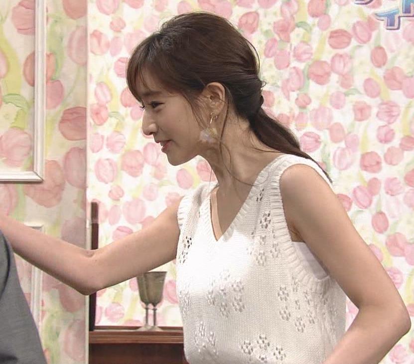 田中みな実アナ セクシーなワンピースで「探偵!ナイトスクープ」に出演キャプ・エロ画像4