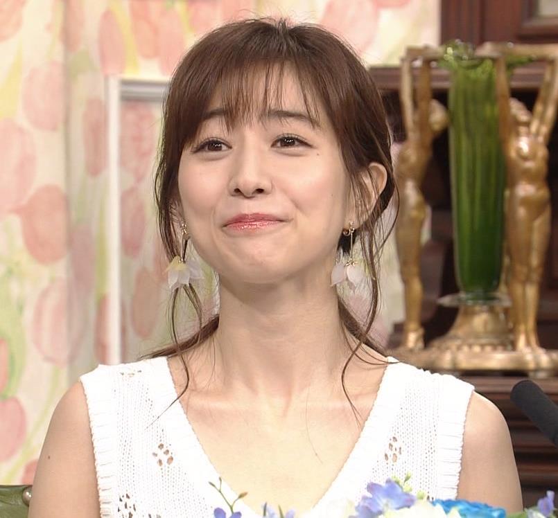 田中みな実アナ セクシーなワンピースで「探偵!ナイトスクープ」に出演キャプ・エロ画像9