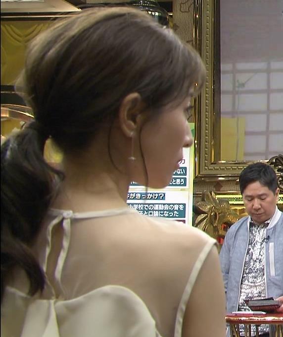 田中みな実 この透け衣装はエロいキャプ・エロ画像4