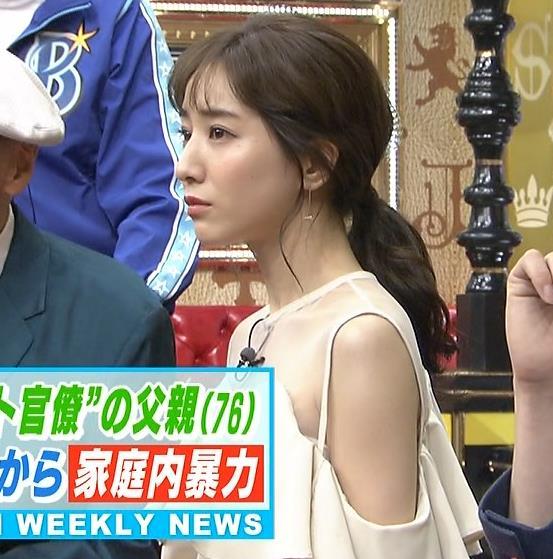 田中みな実 この透け衣装はエロいキャプ・エロ画像5