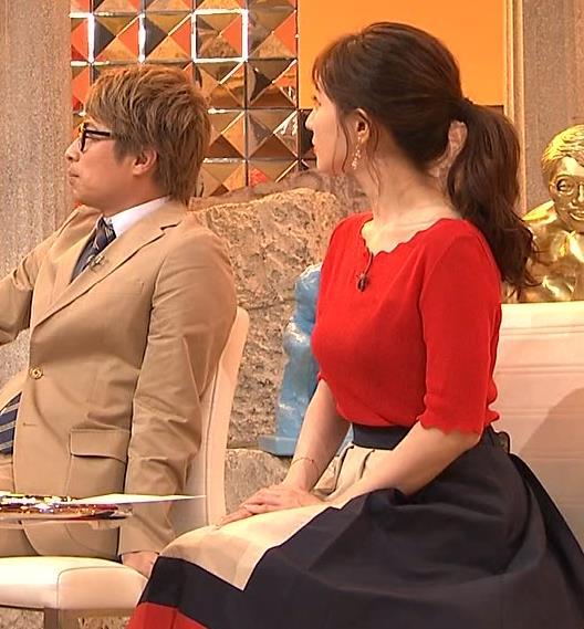 田中みな実アナ ニット横乳♡キャプ・エロ画像5