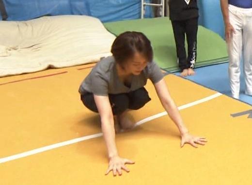 田中理恵 巨乳の谷間チラとかM字開脚とかエロ過ぎ!キャプ・エロ画像
