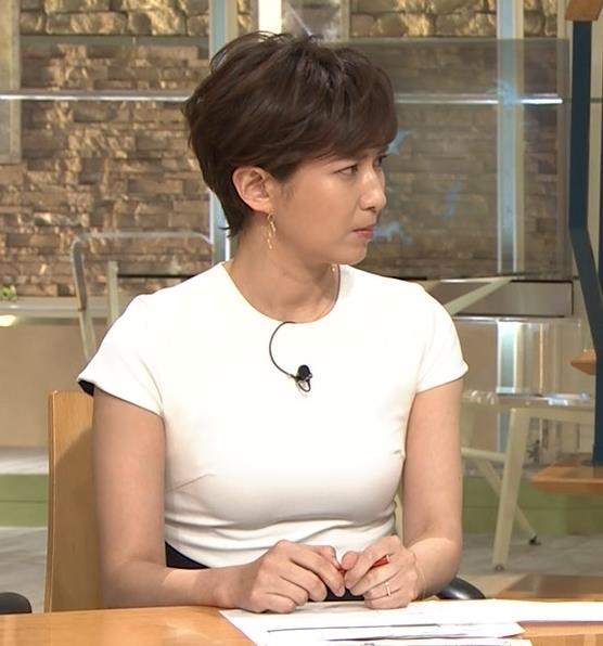 徳永有美アナ またピチピチでおっぱいが際立つキャプ・エロ画像3