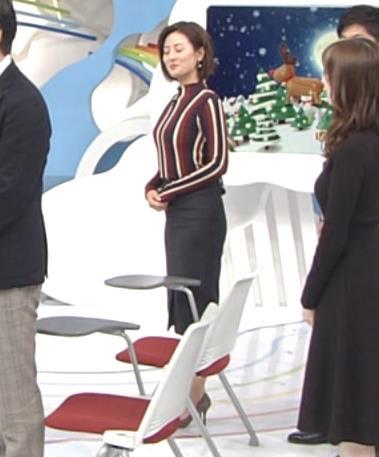 徳島えりかアナ 胸がエロい縦縞キャプ・エロ画像3