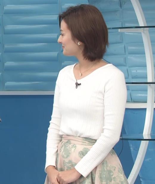 徳島えりか ニットおっぱい&お尻キャプ画像(エロ・アイコラ画像)