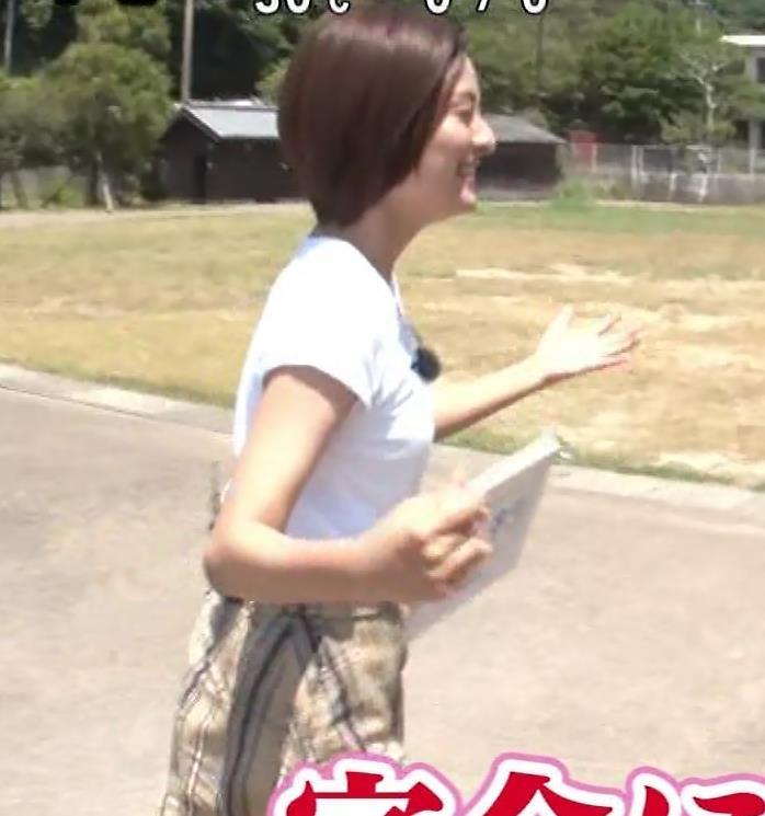 徳島えりかアナ 白いTシャツでエロいおっぱいキャプ・エロ画像6