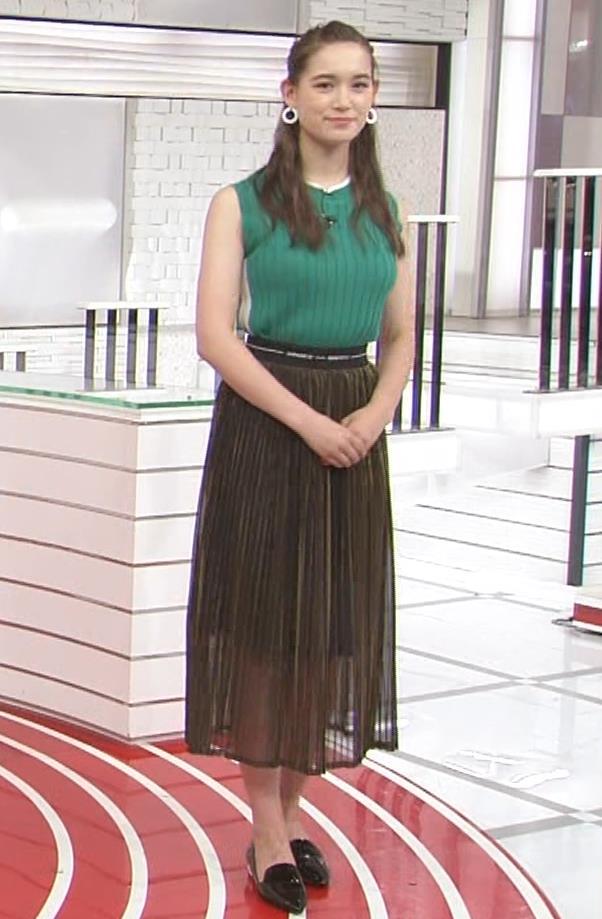 トラウデン直美 でかいニットおっぱい♡キャプ・エロ画像8