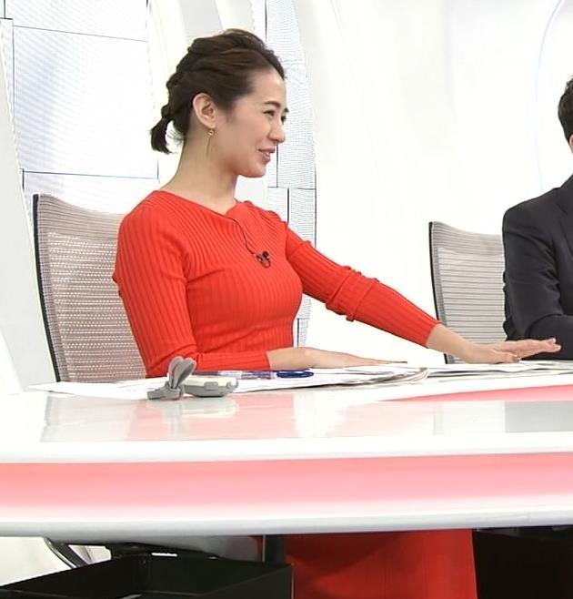 椿原慶子アナ カラダにぴったりしたニットでおっぱいクッキリ!キャプ・エロ画像3
