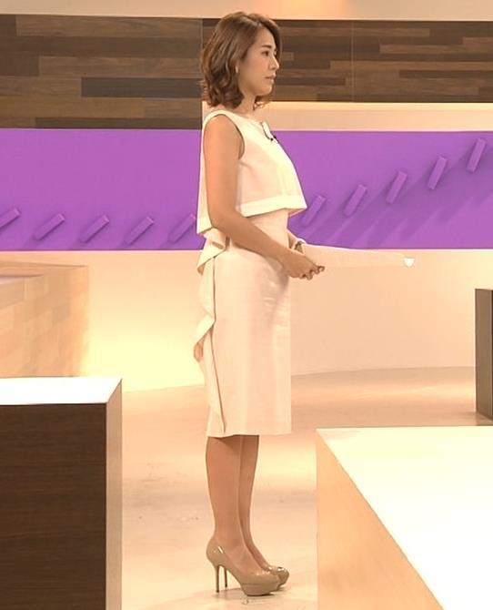 椿原慶子アナ ニュースを読むにはセクシーすぎる衣装キャプ・エロ画像