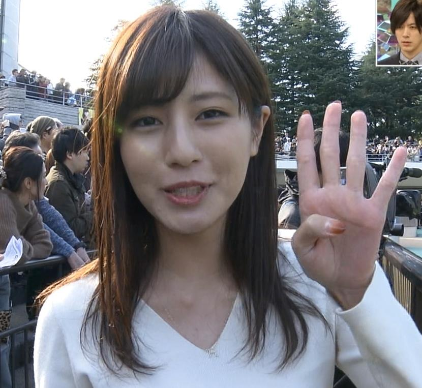 堤礼美アナ ニット横乳キャプ・エロ画像2