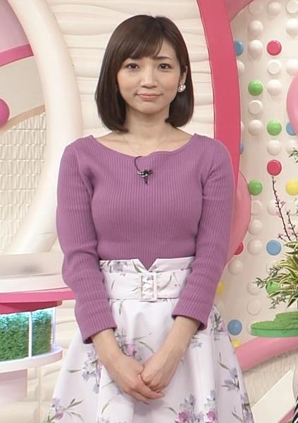 内田敦子アナ けっこうデカいニット乳キャプ・エロ画像2