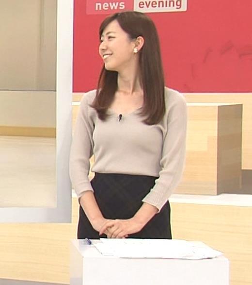 内田嶺衣奈アナ エロかったニット乳キャプ・エロ画像2