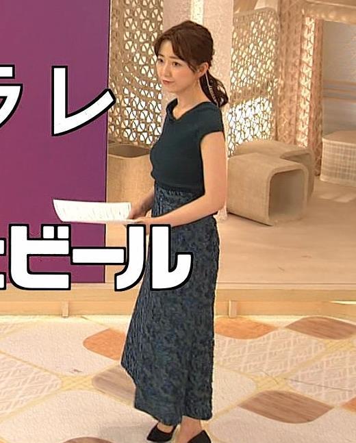 内田嶺衣奈アナ 美人アナのニットおっぱいキャプ・エロ画像2