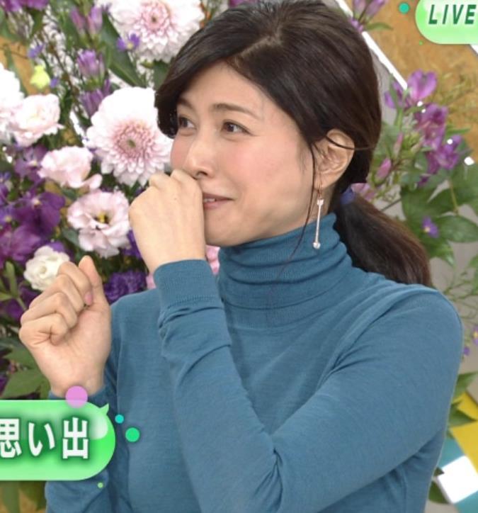 内田有紀 エロいニットおっぱいキャプ・エロ画像2