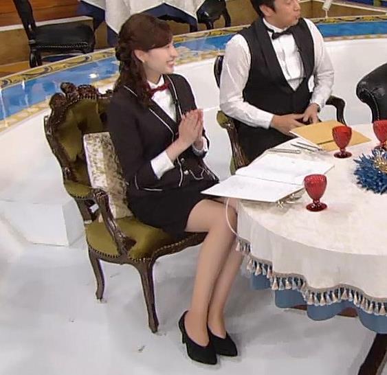 宇賀神メグ エロい太ももを観る番組キャプ・エロ画像2