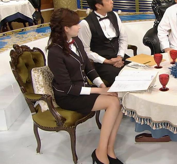 宇賀神メグ エロい太ももを観る番組キャプ・エロ画像5