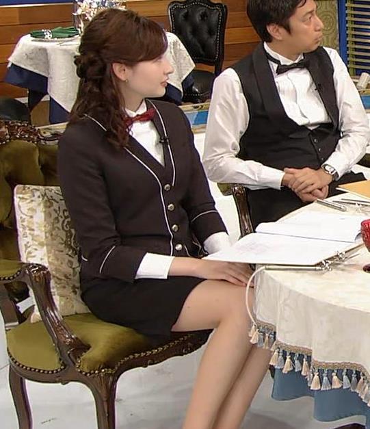 宇賀神メグ エロい太ももを観る番組キャプ・エロ画像6