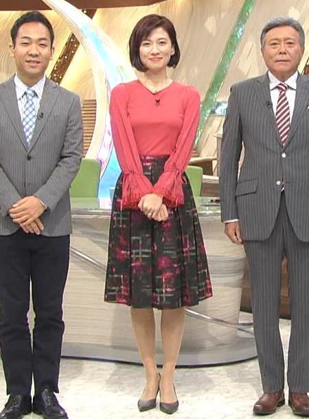梅津弥英子アナ お胸のところがピンとはってエロいキャプ・エロ画像2