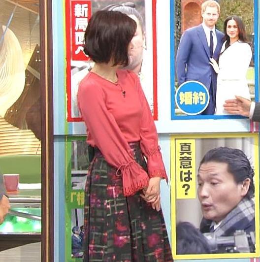 梅津弥英子アナ お胸のところがピンとはってエロいキャプ・エロ画像3