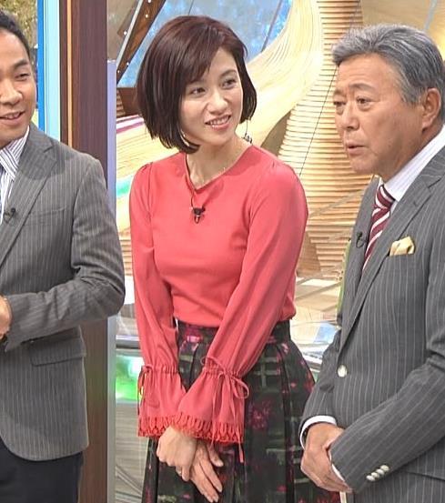 梅津弥英子アナ お胸のところがピンとはってエロいキャプ・エロ画像4