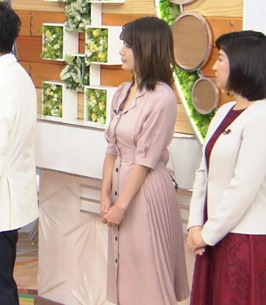 宇内梨沙アナ エッチな胸元・おっぱいキャプ・エロ画像6