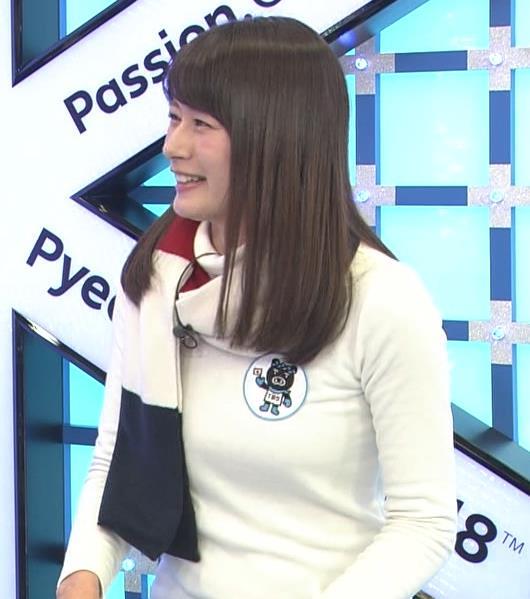 宇内梨沙アナ ニットおっぱい♡マフラーが邪魔キャプ・エロ画像3