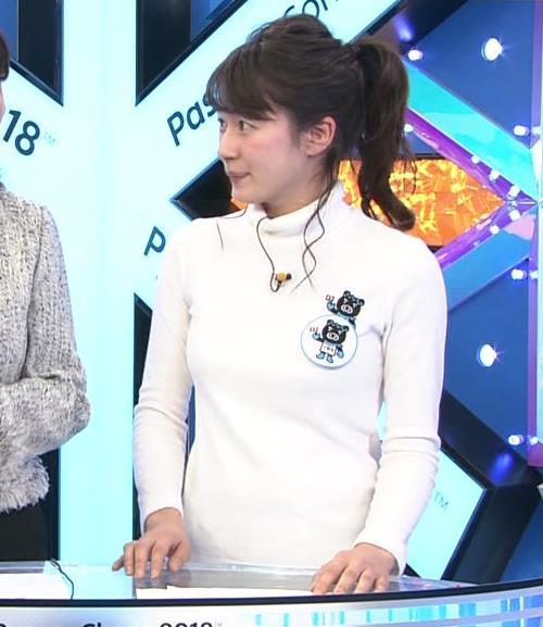 宇内梨沙アナ ぴったり衣装でおっぱいクッキリキャプ・エロ画像4
