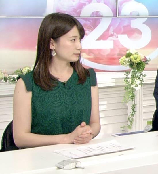 宇内梨沙アナ かわいいノースリーブワンピキャプ・エロ画像4